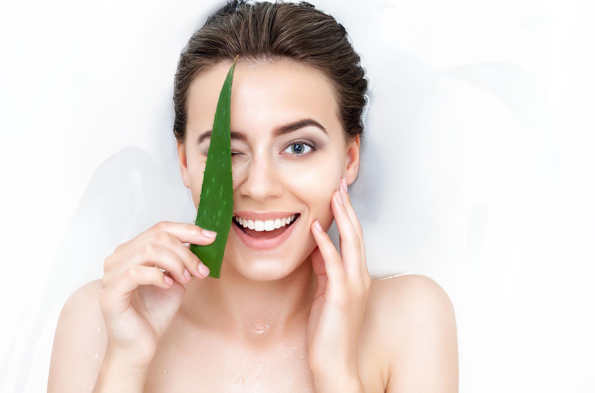 Vyrobte si vlastní kosmetiku pro aknózní pleť
